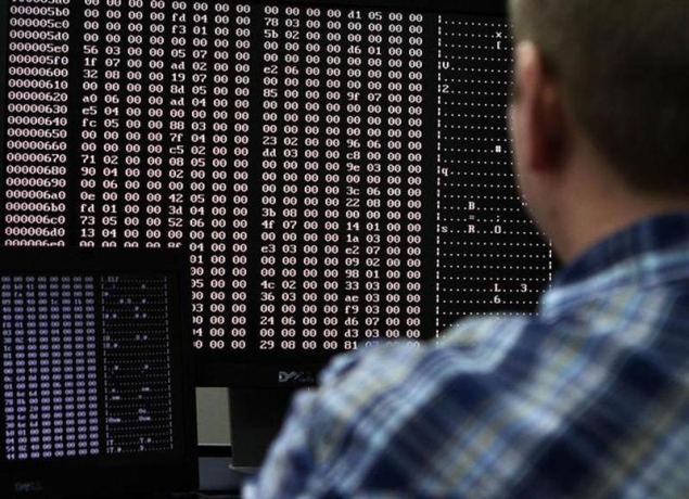 internet-hacking-code-635.jpg