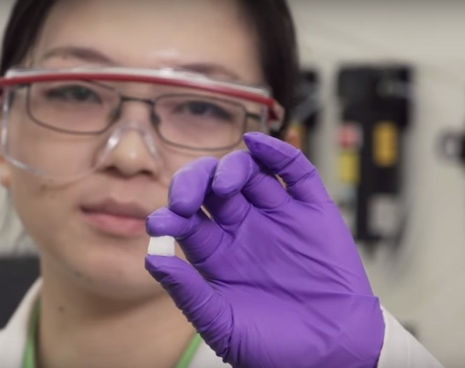 New Self-Adaptive Material Heals Itself, Stays Tough: Study