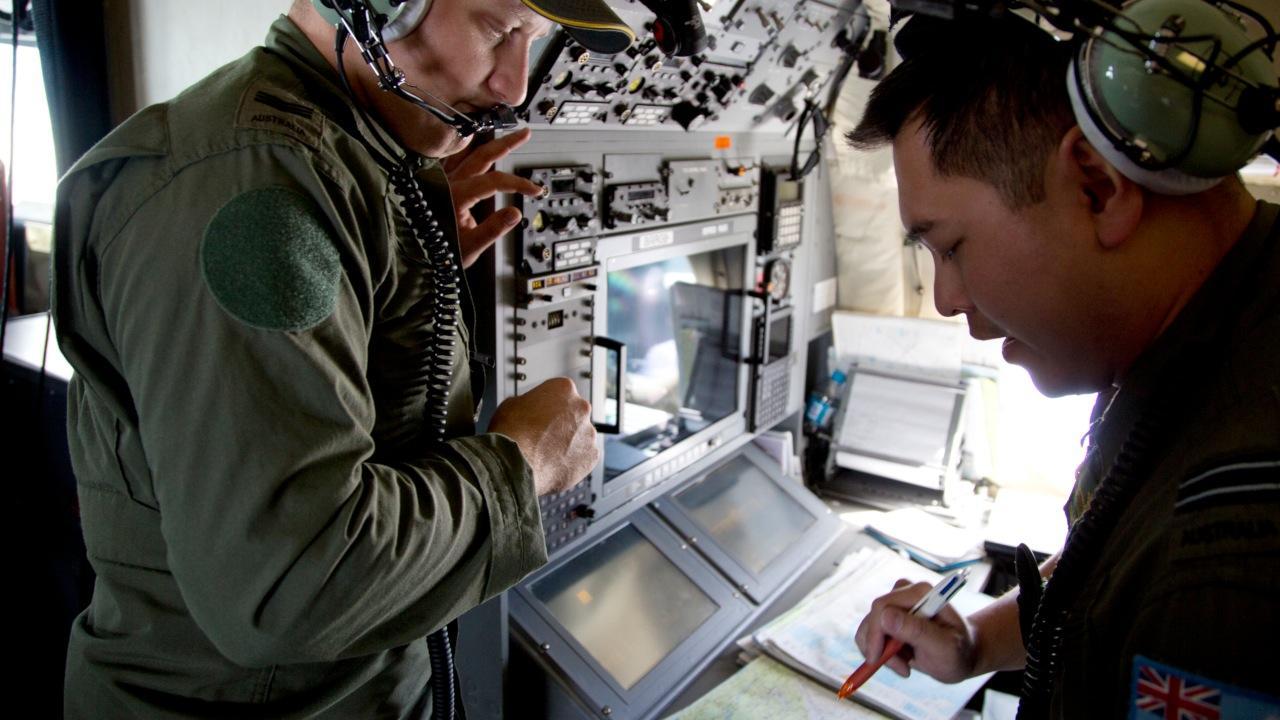 Australia to take charge of jet debris