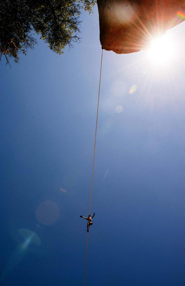 Picture special: Highlining thrillseekers enjoy high times ...
