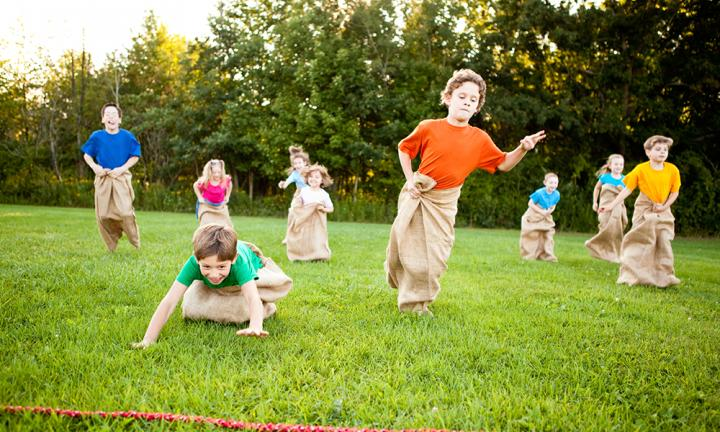 Party games to keep the kids entertained   Kidspot Sack race  p The sack race is a classic party game that has been