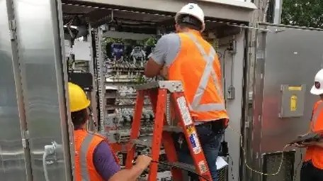 """Metropolitan Transportation Authority workers during a """"smart replacement"""""""