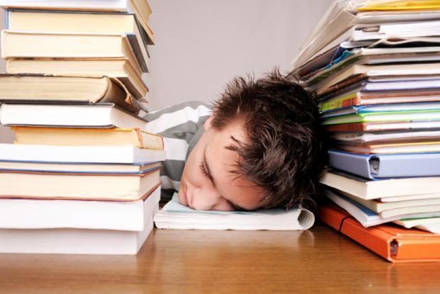 foto bij artikel Verhoogt examenstress het risico op zelfdoding?