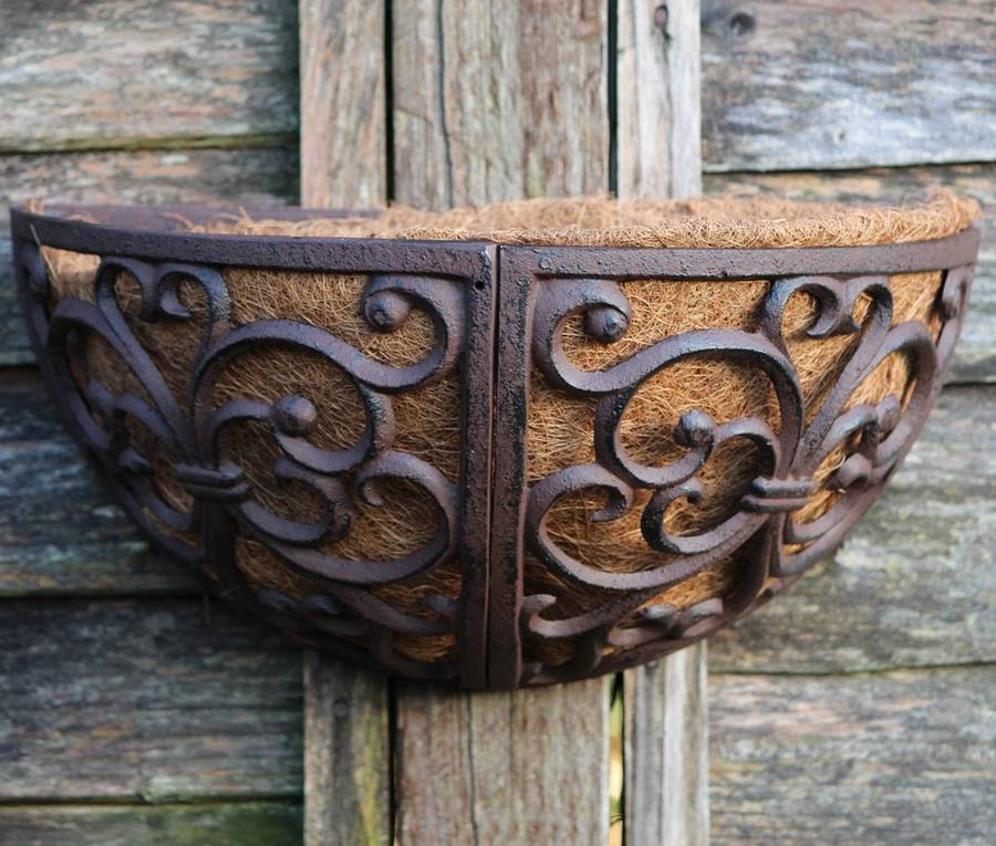 Cast Iron Wall Planter / 36cm By Garden Selections ... on Iron Wall Vases id=27480