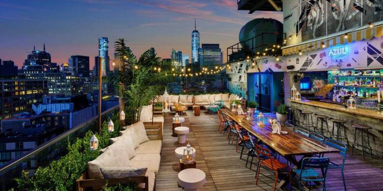 The best rooftop bars in NYC.