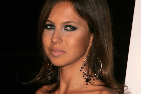 Early life of Allegra Versace