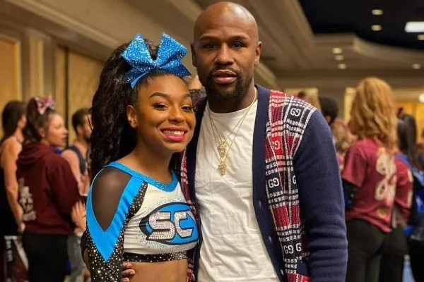 Jirah Mayweather with her father .