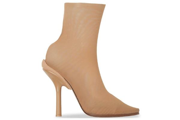 Burberry shoes heels