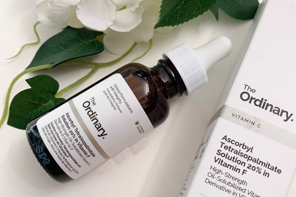 The Ordinary Ascorbyl Tetraisopalmitate Solution 20% in Vitamin F is a great serum.