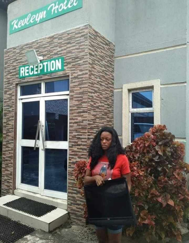 Lady Arrested for Stealing A Hotel's Plasma TV (Photos), Kevelyn Hotel