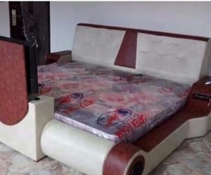 Ghanaian Man Makes An Electronic Bed - 'Body Massager'