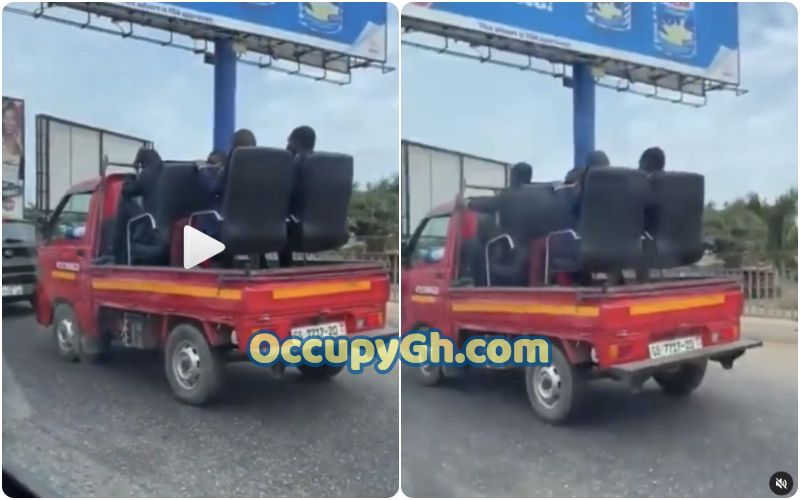 Passengers Sitting Office Chairs Truck