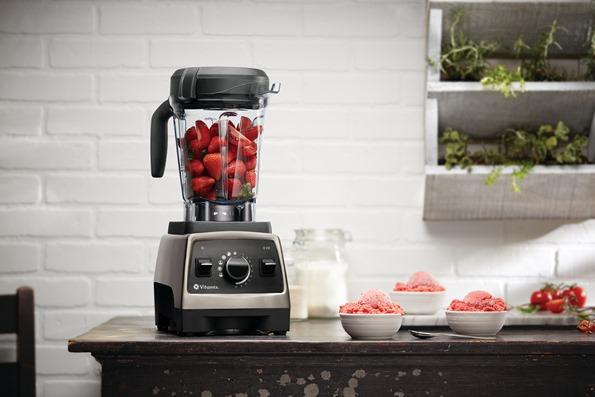Pro750-BrushedStainless-TomatoStrawberryFreeze-64ozLP-Intl