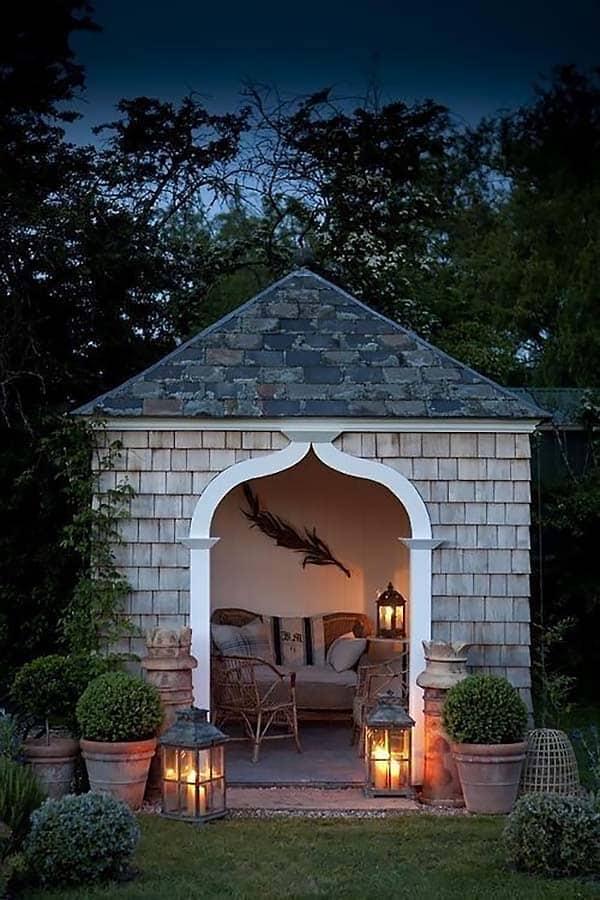 20 Cozy outdoor nooks inspiring your inner bookworm on Backyard Nook Ideas id=77187