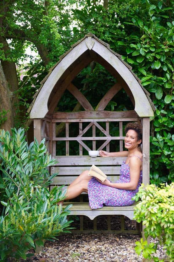 20 Cozy outdoor nooks inspiring your inner bookworm on Backyard Nook Ideas id=40511