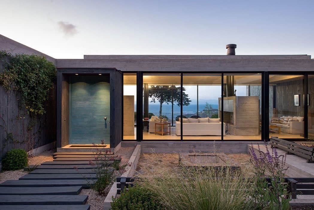 Modern Concrete House In The Chilean Mountains