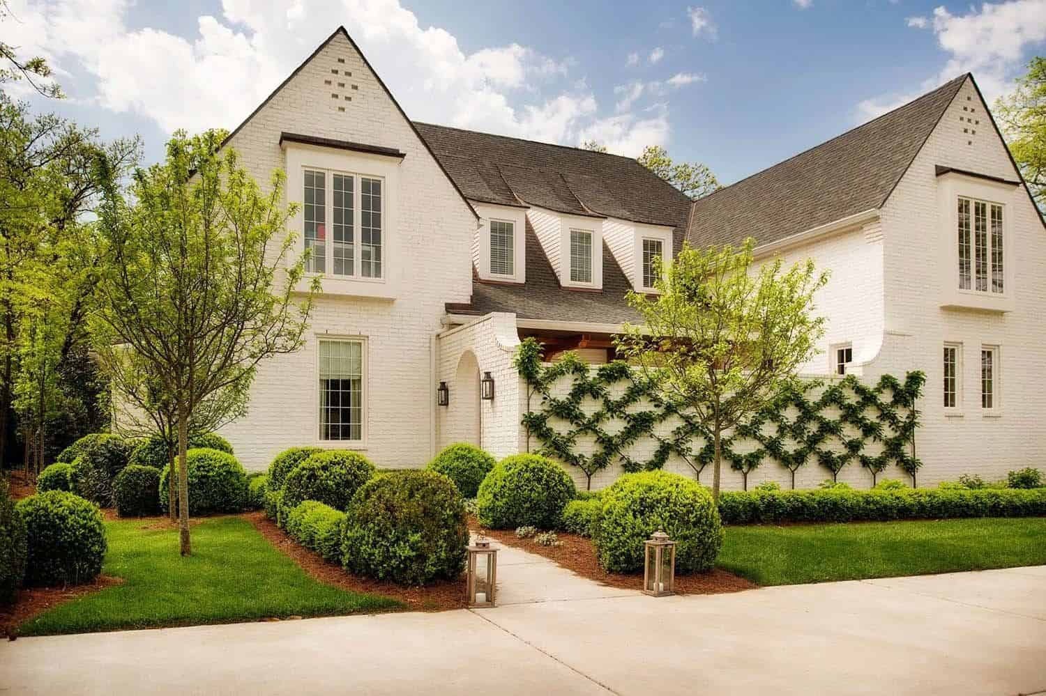 Best Kitchen Gallery: Charming English Country House In Nashville With A Modern Twist of Modern Homes Nashville  on rachelxblog.com