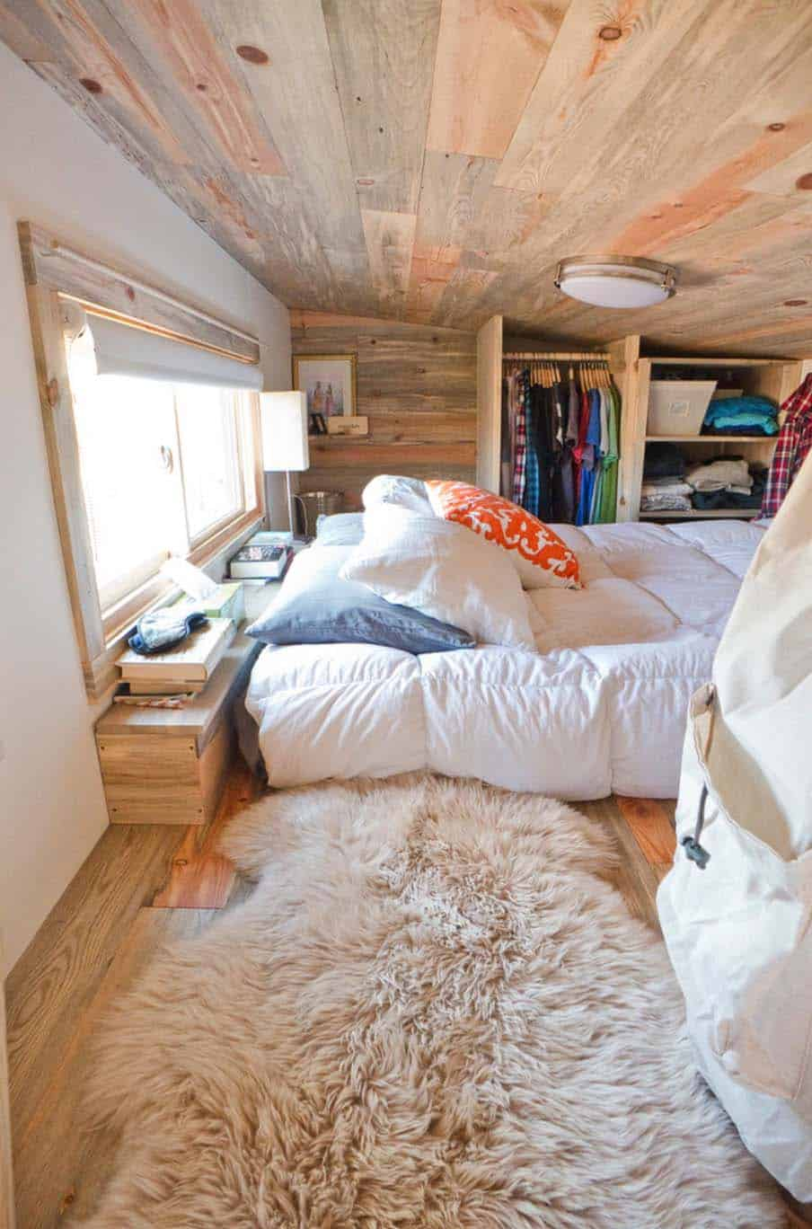 46 Amazing tiny bedrooms you'll dream of sleeping in on Amazing Bedroom  id=47363