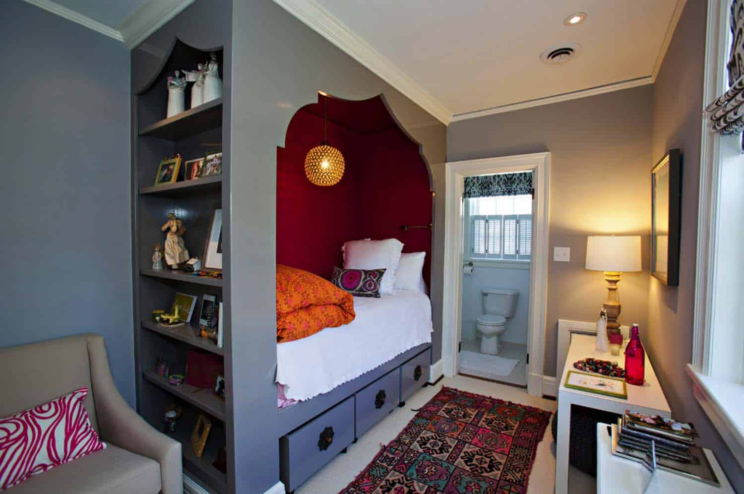 46 Amazing tiny bedrooms you'll dream of sleeping in on Amazing Bedroom Ideas  id=47580