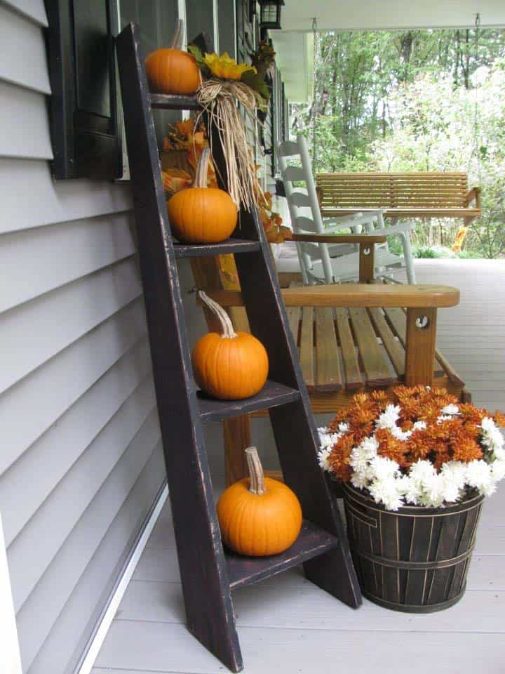 46 of the Coziest Ways to Decorate your Outdoor Spaces for ... on Backyard Decor  id=78737