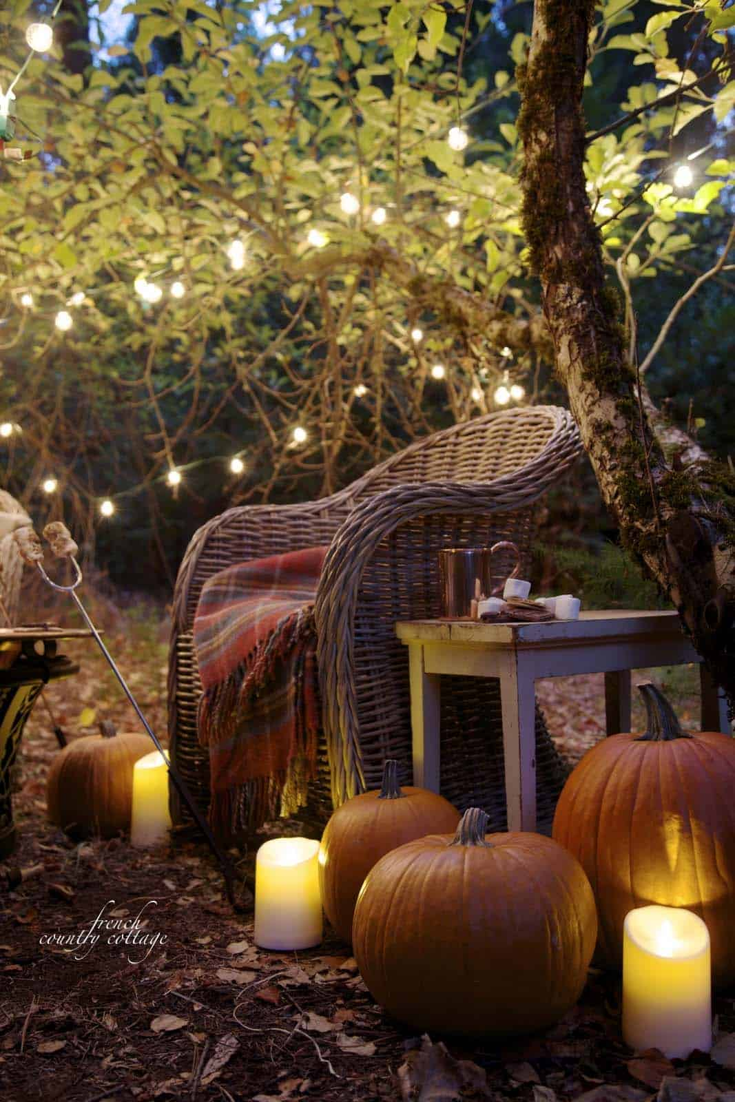 46 of the Coziest Ways to Decorate your Outdoor Spaces for ... on Backyard Decorating Ideas  id=16108