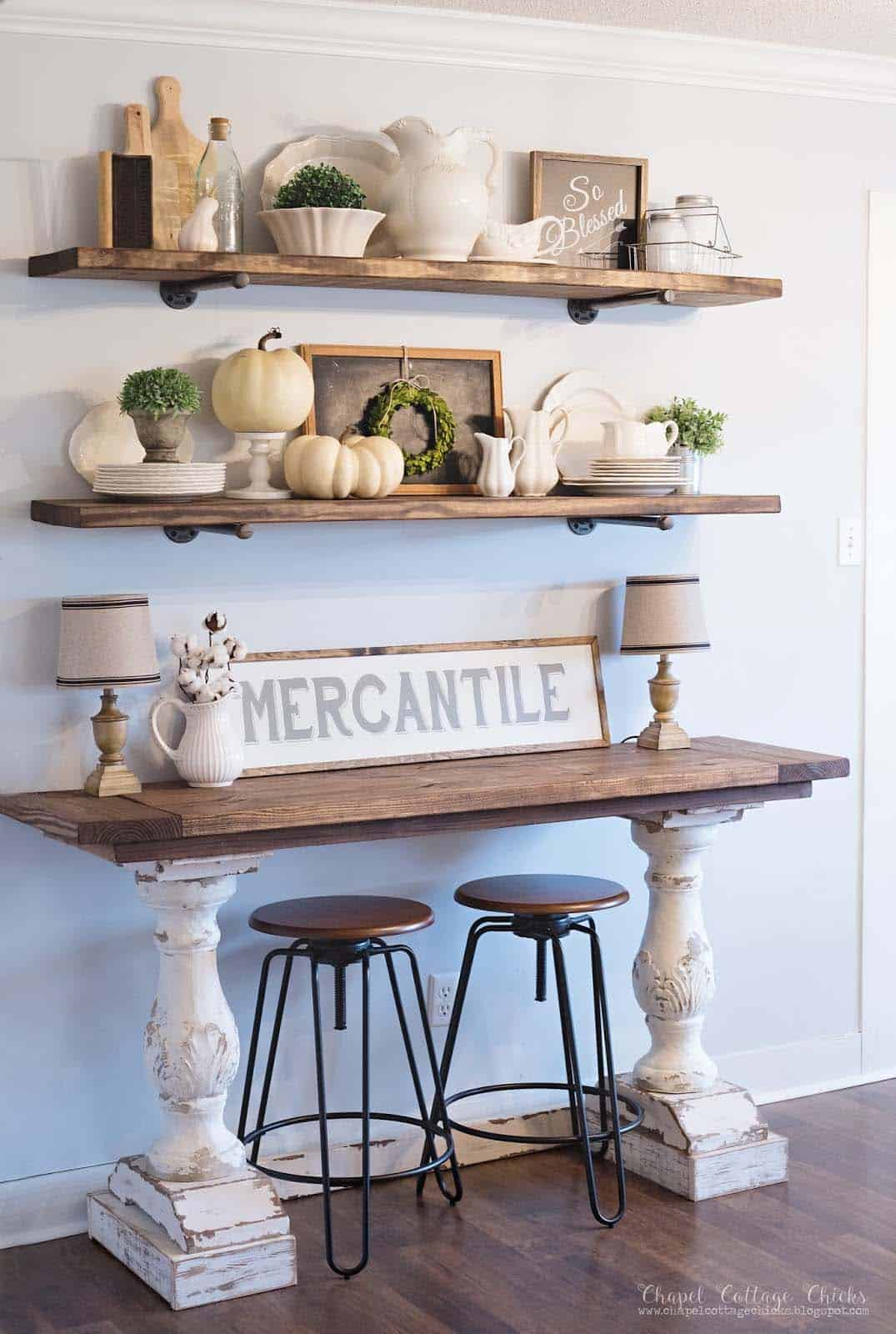 50+ Absolutely gorgeous farmhouse fall decorating ideas on Farmhouse Decorating Ideas  id=97513