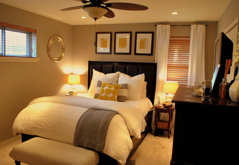 30+ Small yet amazingly cozy master bedroom retreats on Small Bedroom Ideas  id=29715