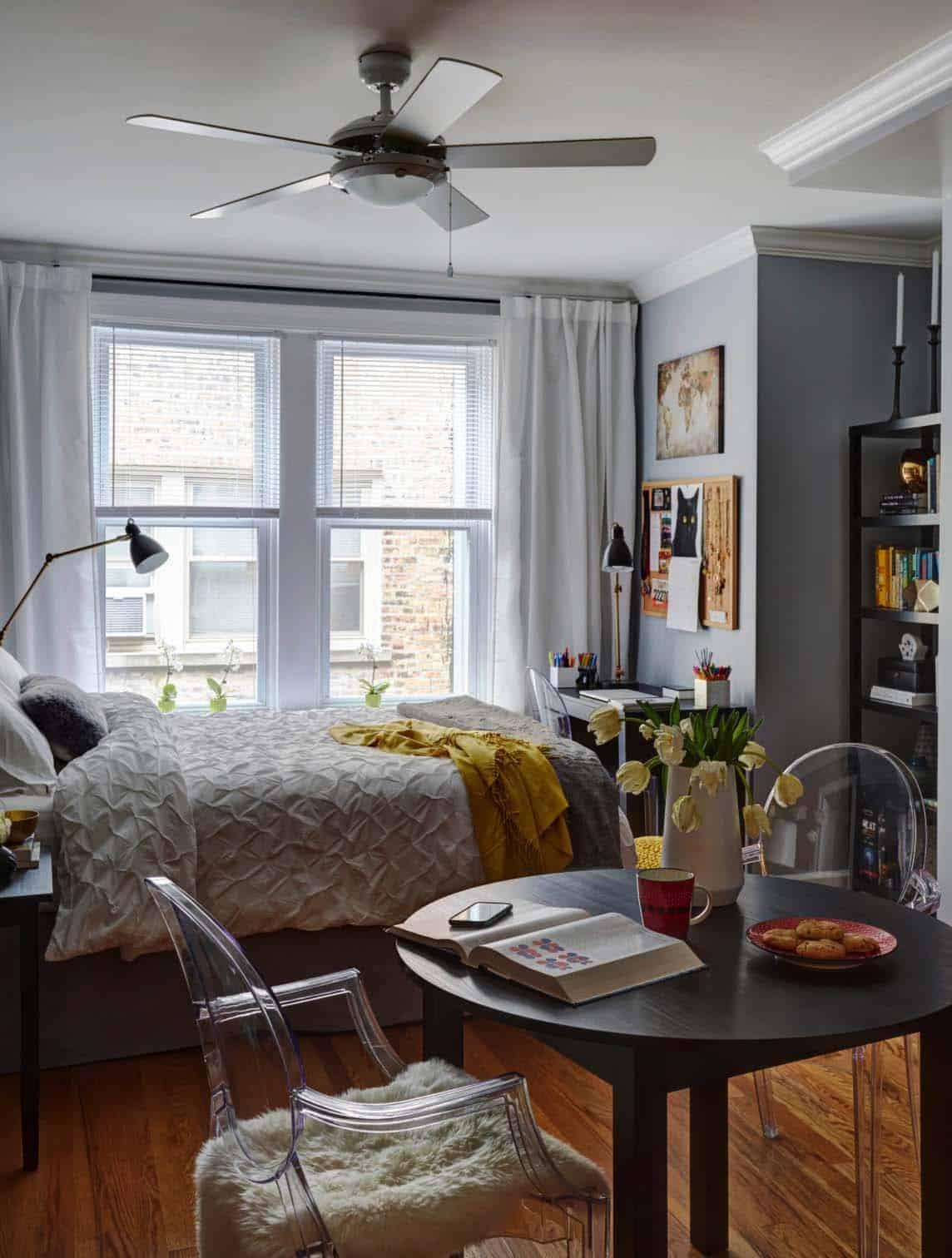 30+ Small yet amazingly cozy master bedroom retreats on Master Bedroom Ideas  id=27329