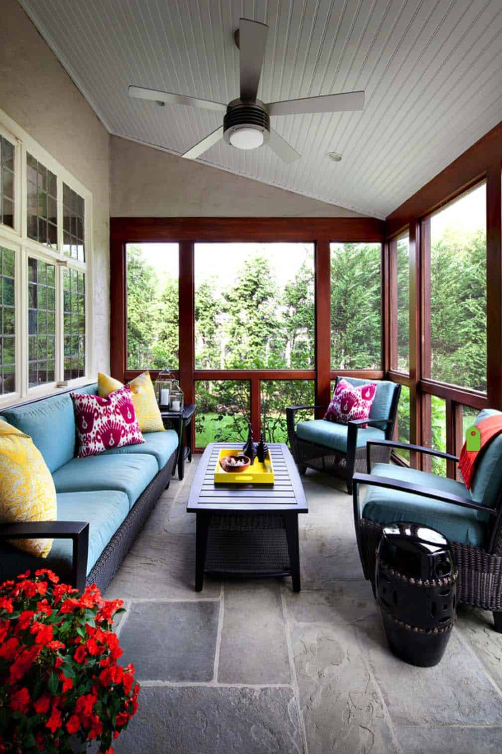 45 Amazingly cozy and relaxing screened porch design ideas on Inclosed Patio Ideas  id=44700