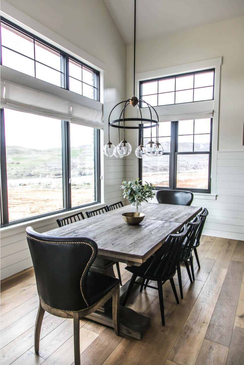 Modern farmhouse style in Utah features stylish living spaces