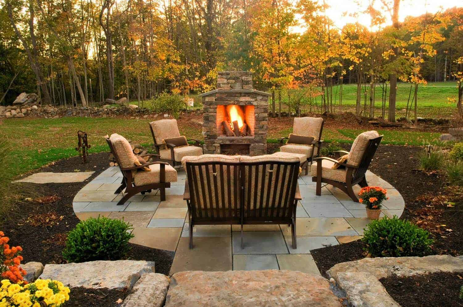 30+ Irresistible outdoor fireplace ideas that will leave ... on Outdoor Fireplaces Ideas  id=77674