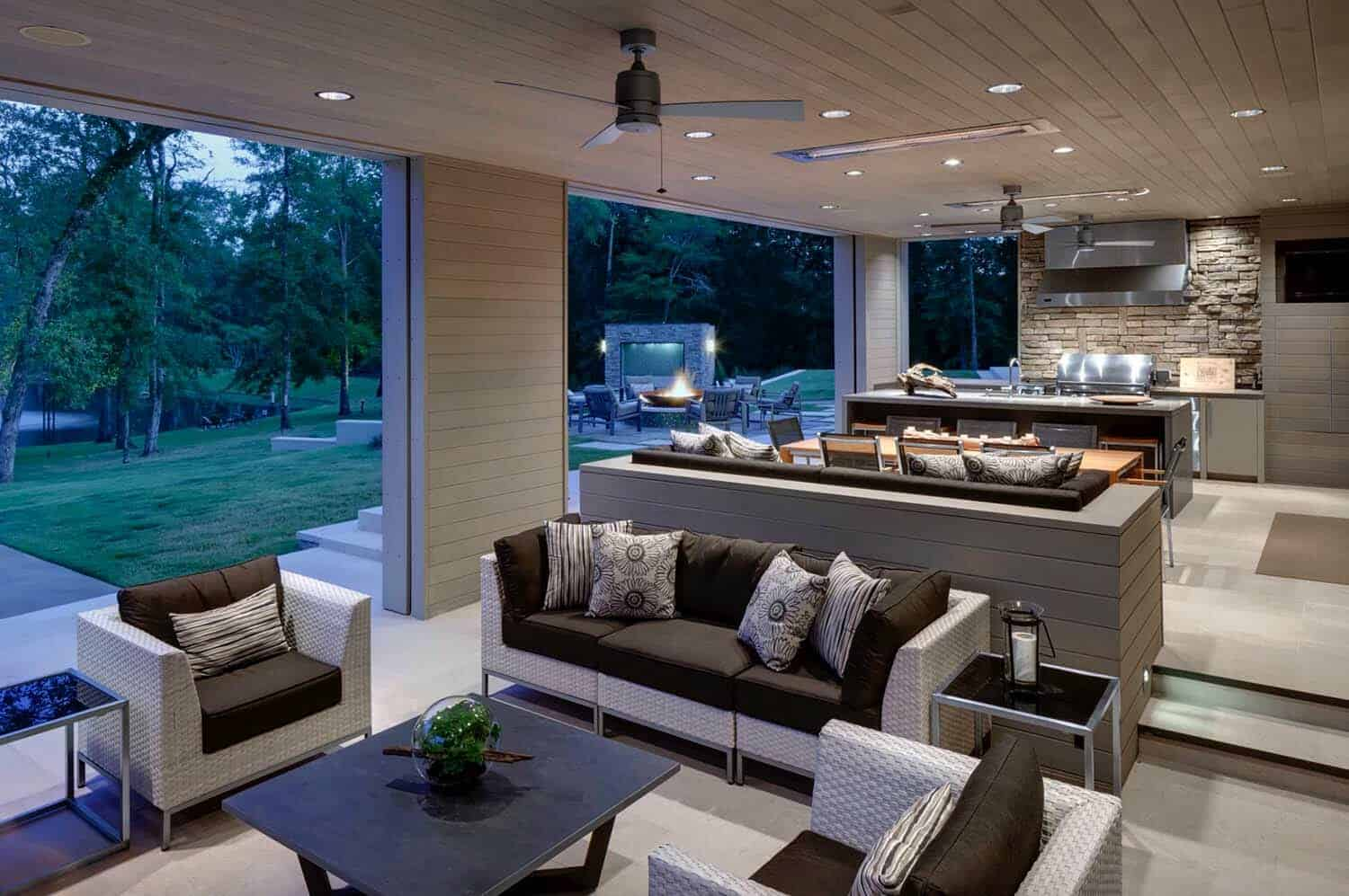 35 Brilliant and inspiring patio ideas for outdoor living ... on Covered Outdoor Living Area id=71176