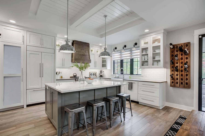 35+ Amazingly creative and stylish farmhouse kitchen ideas on Farmhouse Kitchen Ideas  id=12103