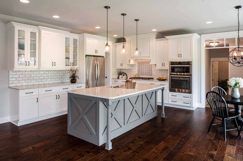 35+ Amazingly creative and stylish farmhouse kitchen ideas on Farmhouse Kitchen Ideas  id=85679