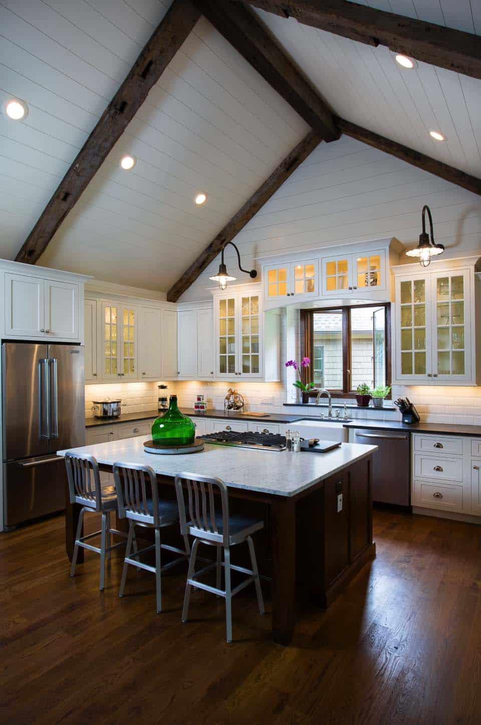 35+ Amazingly creative and stylish farmhouse kitchen ideas on Farm House Kitchen Ideas  id=12049