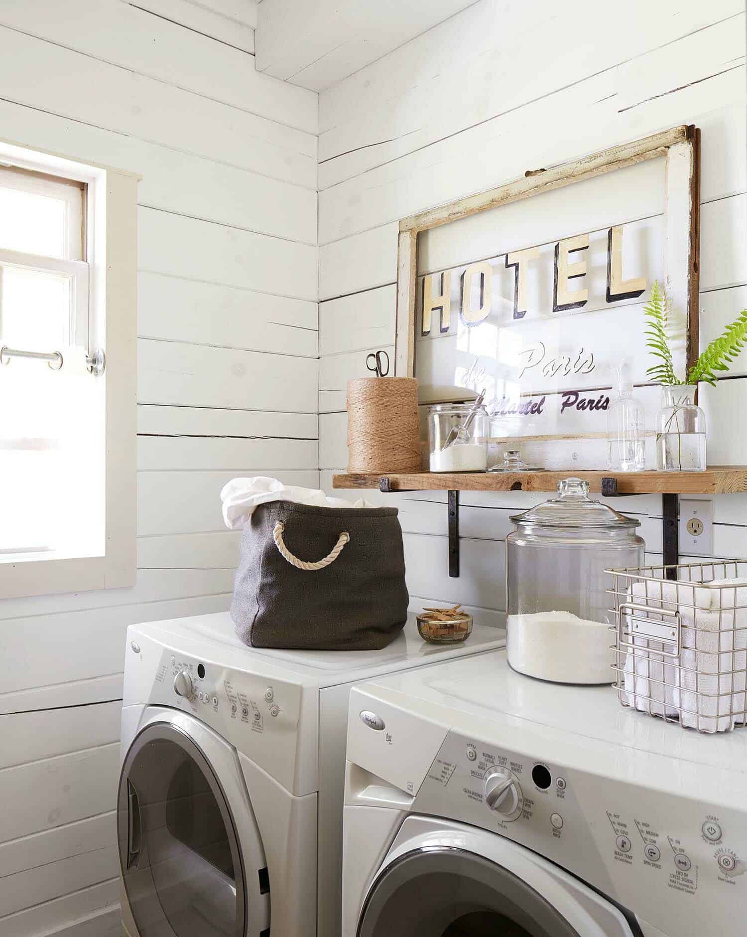 30+ Unbelievably inspiring farmhouse style laundry room ideas on Laundry Room Decor Ideas  id=14165