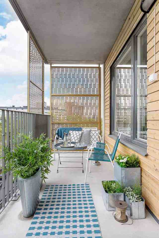 33 Incredibly Inspiring Scandinavian Style Outdoor Balcony Ideas