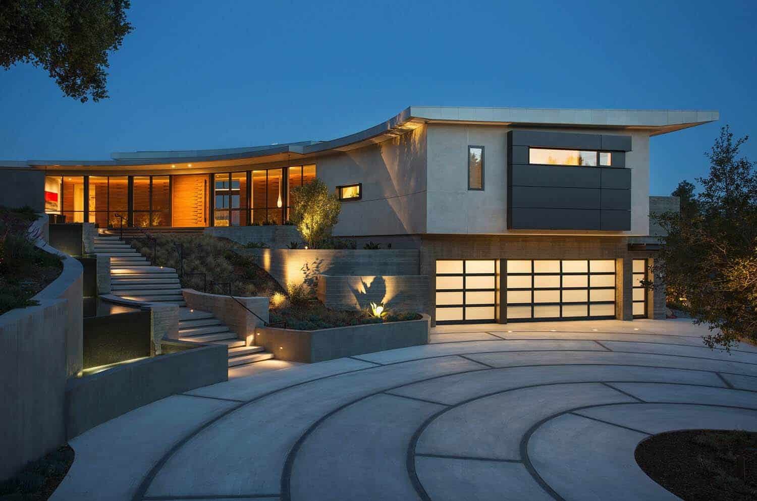 Modern home designed to maximize the breathtaking Pacific ... on Modern Style Houses  id=33314