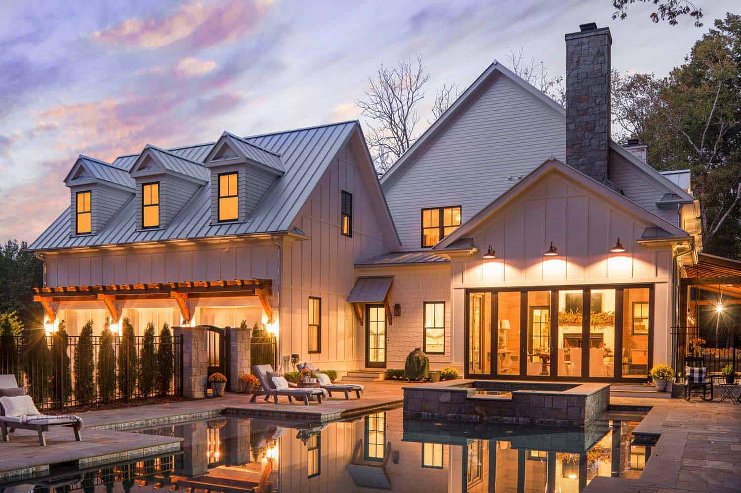A delightful modern farmhouse with Southern charm in Georgia on Modern Style Houses  id=84645