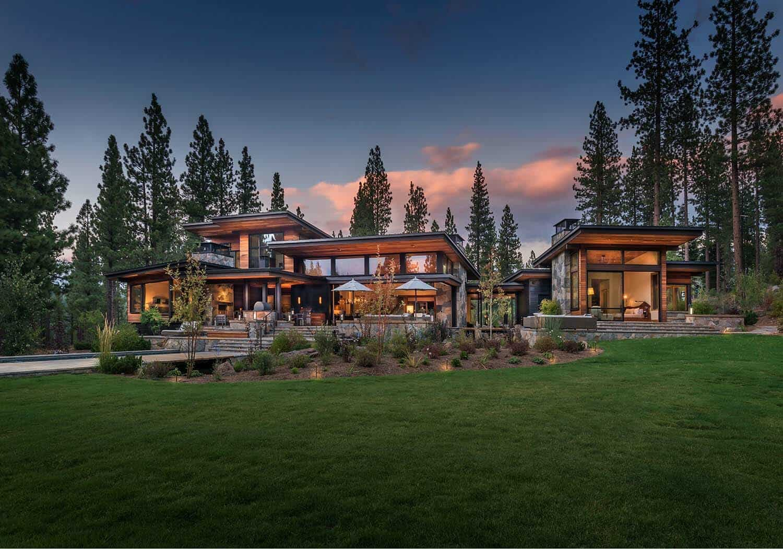 Modern home celebrates indoor-outdoor living in Sierra ... on Front Range Outdoor Living id=45382