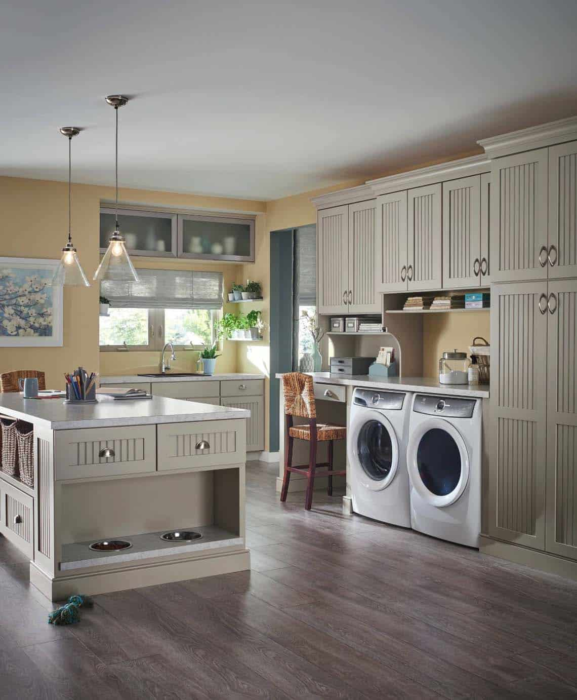 45 Functional And Stylish Laundry Room Design Ideas To Inspire on Laundry Room Decor Ideas  id=65822