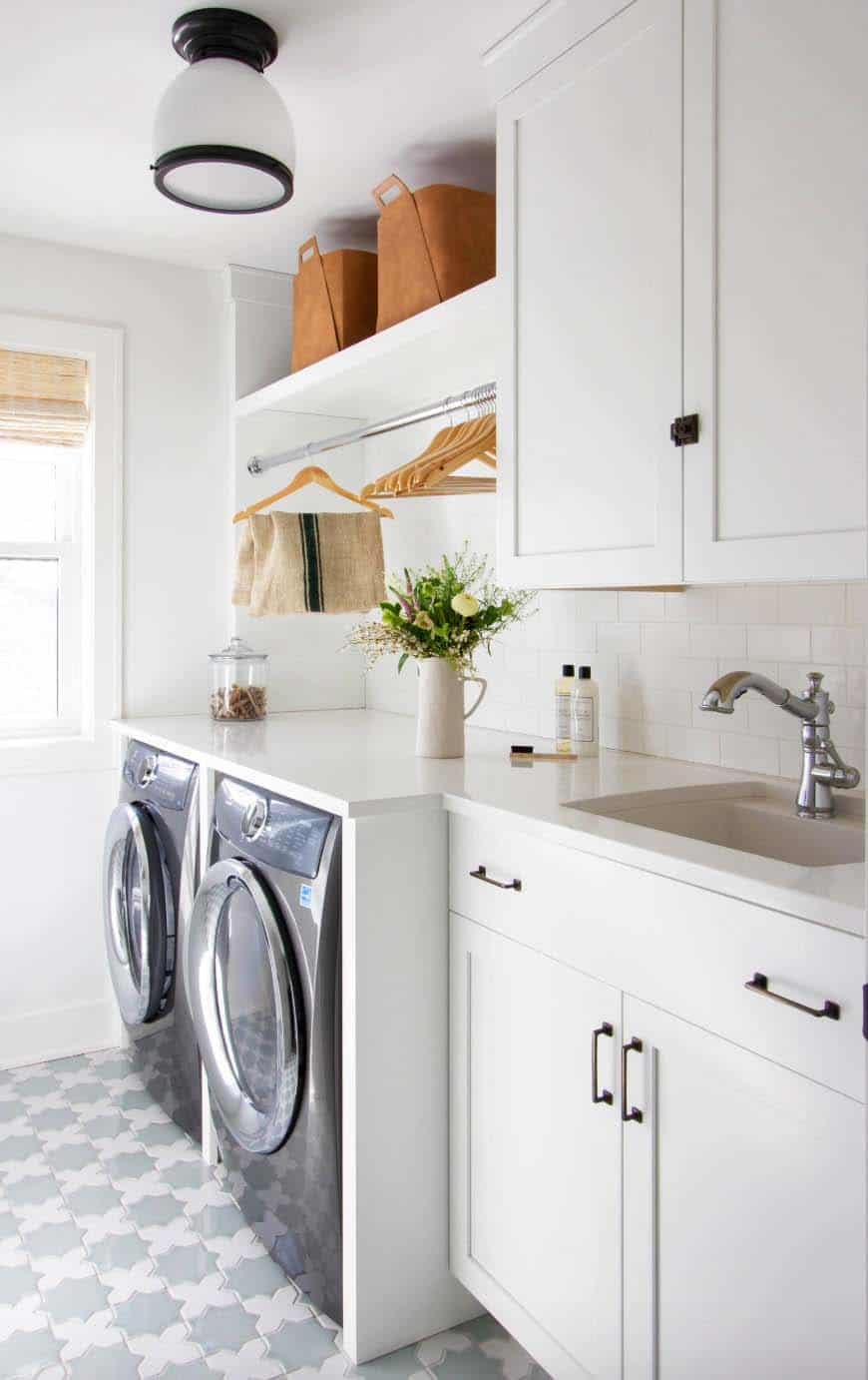 45 Functional And Stylish Laundry Room Design Ideas To Inspire on Laundry Room Decor Ideas  id=48184