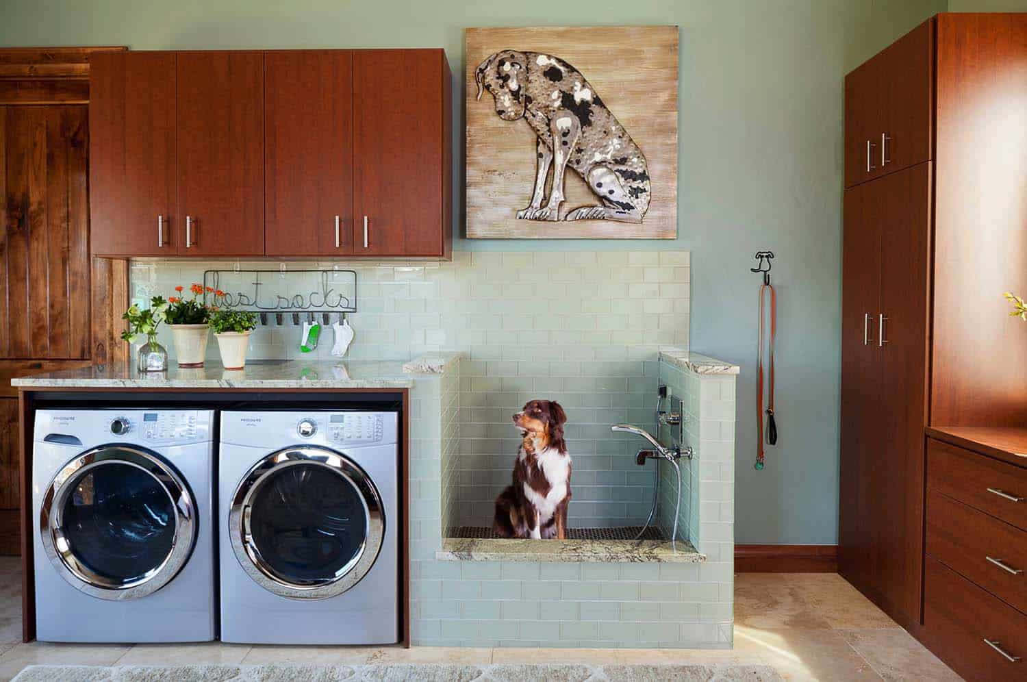 45 Functional And Stylish Laundry Room Design Ideas To Inspire on Laundry Decorating Ideas  id=54636