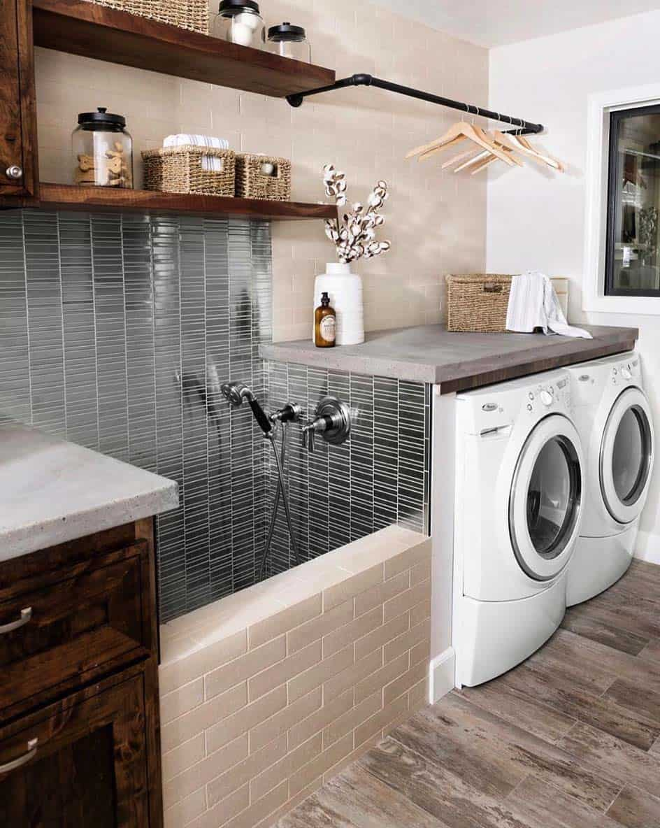 45 Functional And Stylish Laundry Room Design Ideas To Inspire on Laundry Decorating Ideas  id=25394