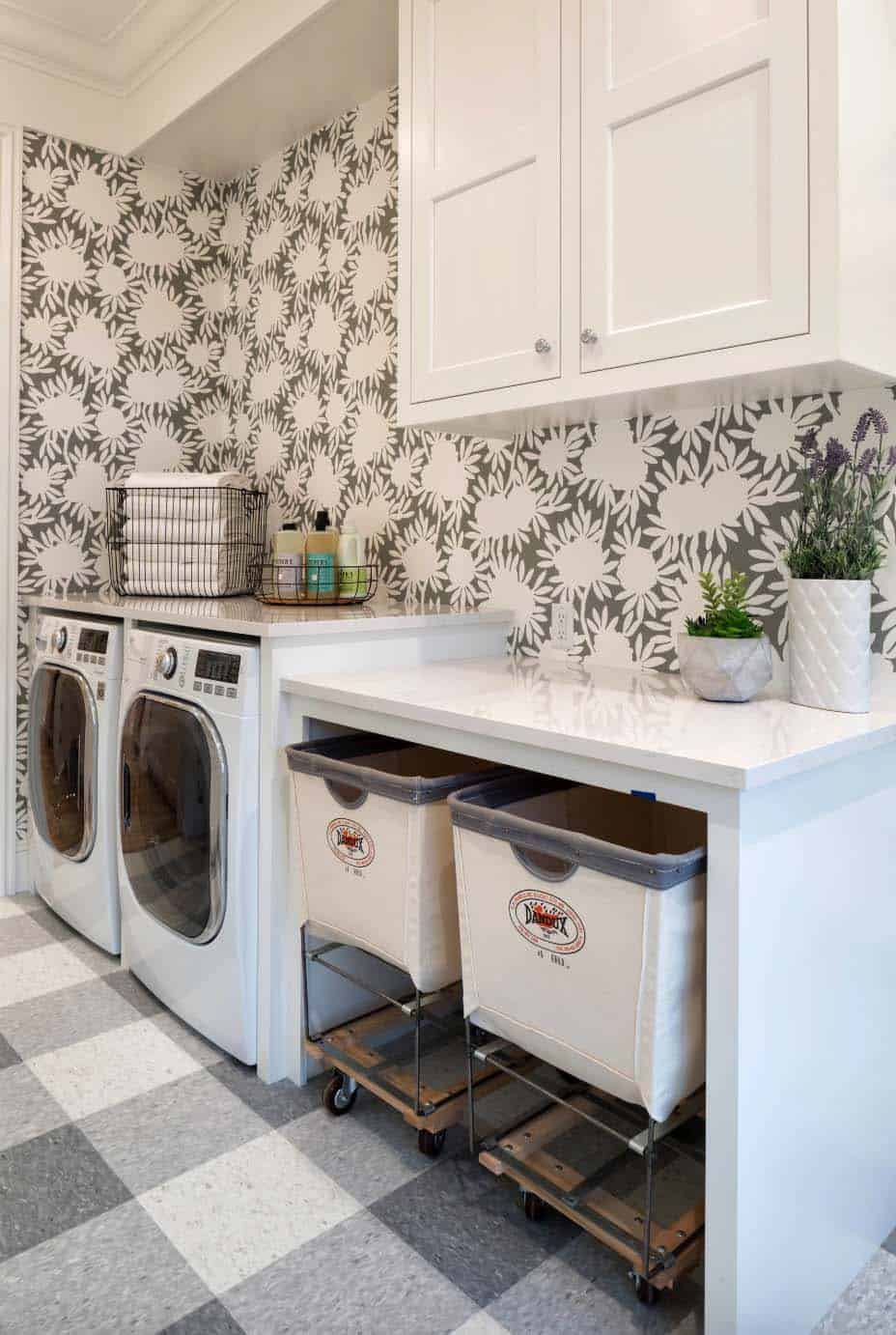 45 Functional And Stylish Laundry Room Design Ideas To Inspire on Laundry Room Decor Ideas  id=31743