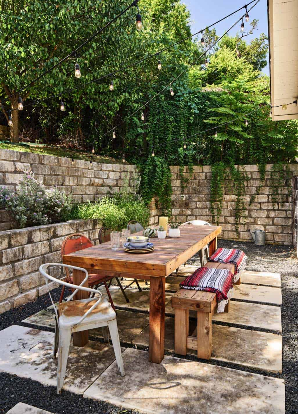 33 Fabulous Ideas For Creating Beautiful Outdoor Living Spaces on Living Spaces Outdoor Dining id=94455