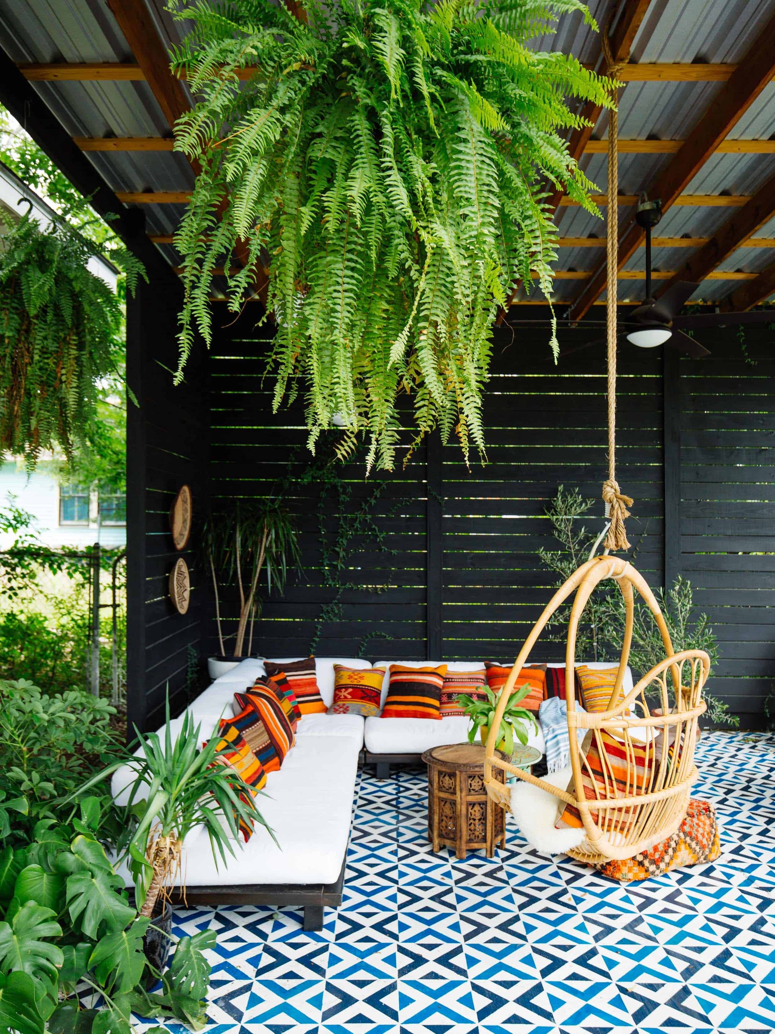 33 Fabulous Ideas For Creating Beautiful Outdoor Living Spaces on Backyard Outdoor Living Spaces id=98095