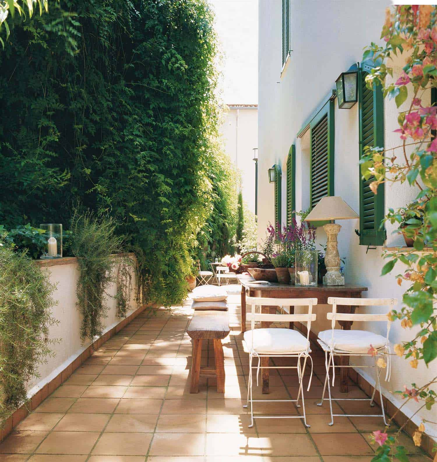 33 Fabulous Ideas For Creating Beautiful Outdoor Living Spaces on Living Spaces Outdoor Dining id=34571