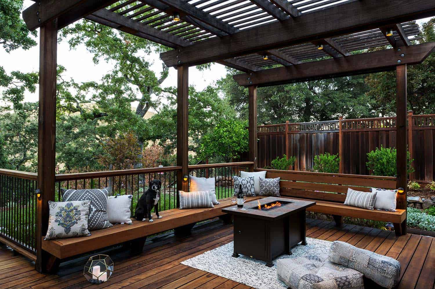 33 Fabulous Ideas For Creating Beautiful Outdoor Living Spaces on Backyard Outdoor Living Spaces id=81138