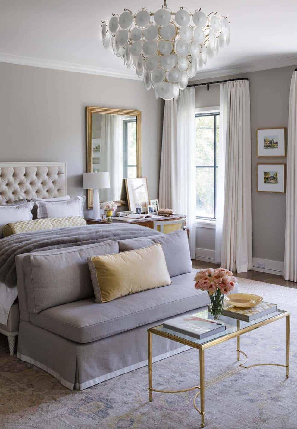 20+ Serene And Elegant Master Bedroom Decorating Ideas on Master Bedroom Curtains  id=25380